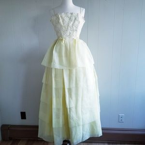 1950s Unlabeled Pale Yellow Prom Dress